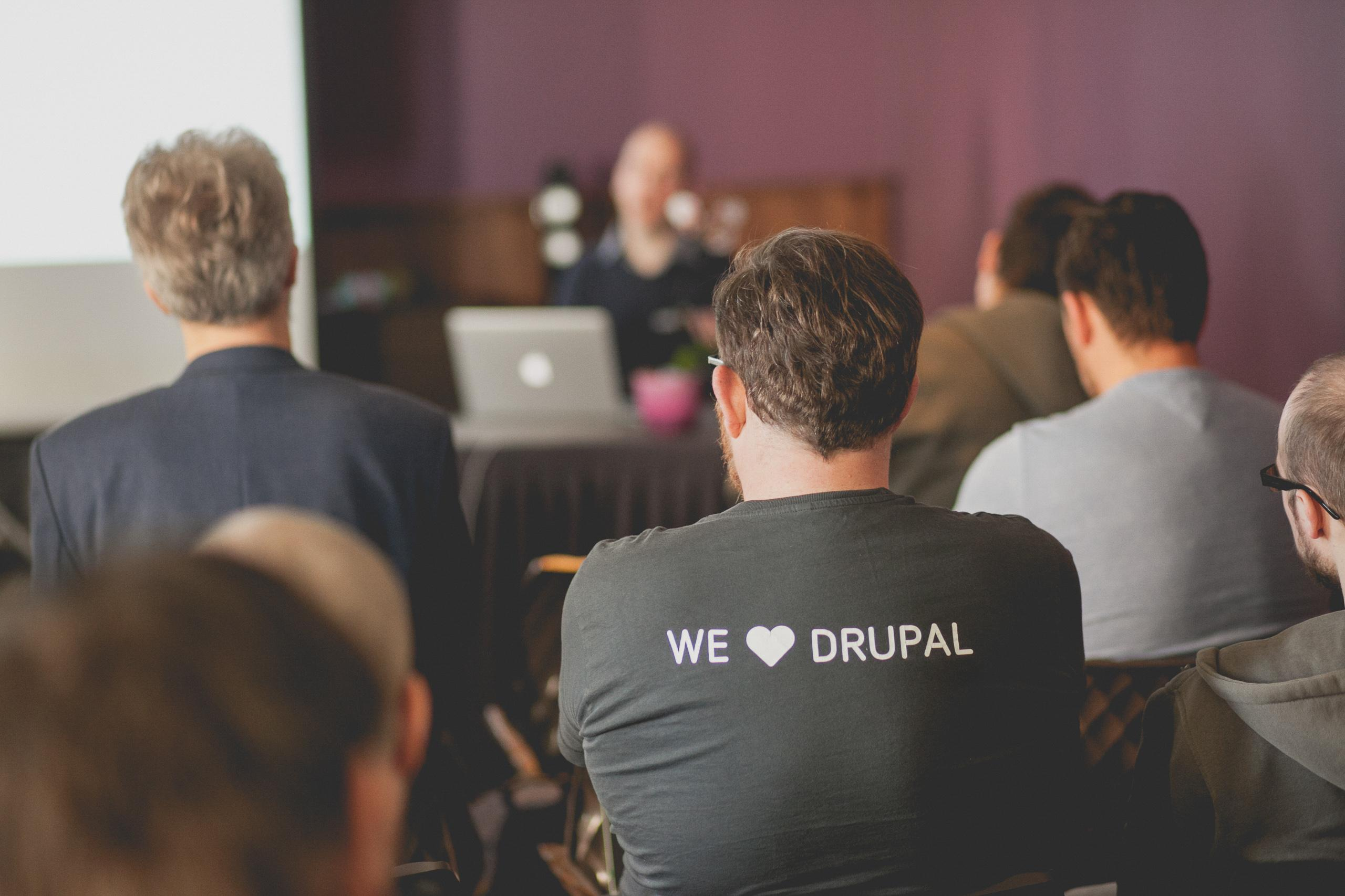 We love Drupal T-shirt