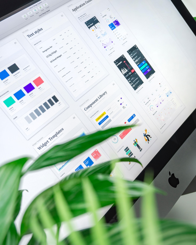 Graphic guidelines in desktop computer