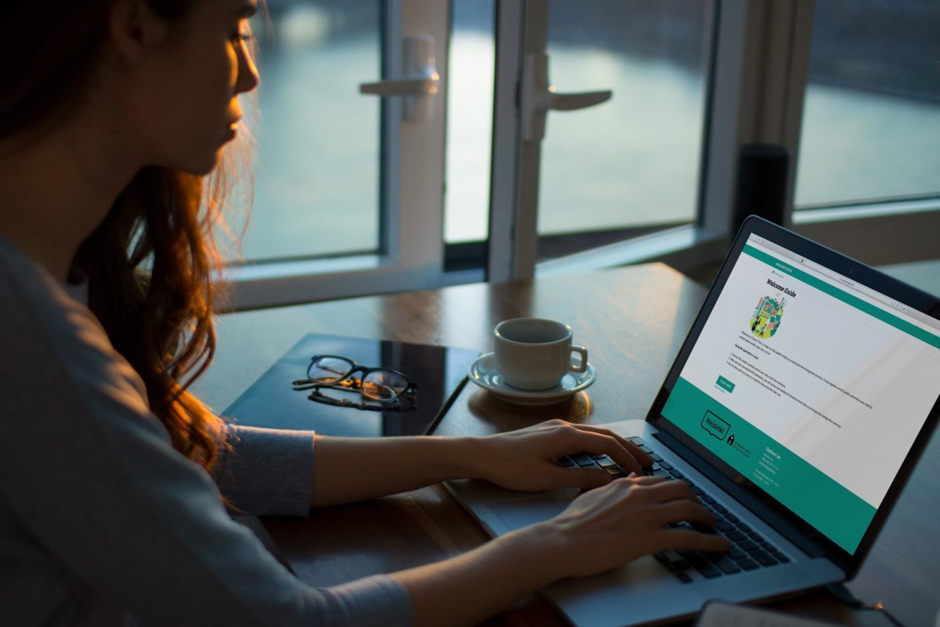 Woman using the advisor application